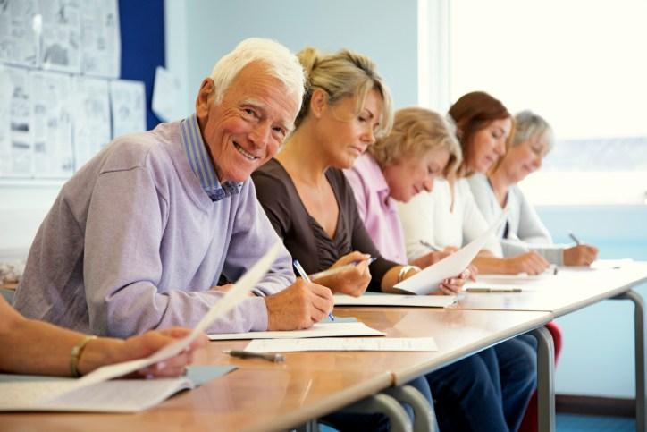 Onderzoek: ouderen beter in corrigeren van gemaakte fouten dan jongeren