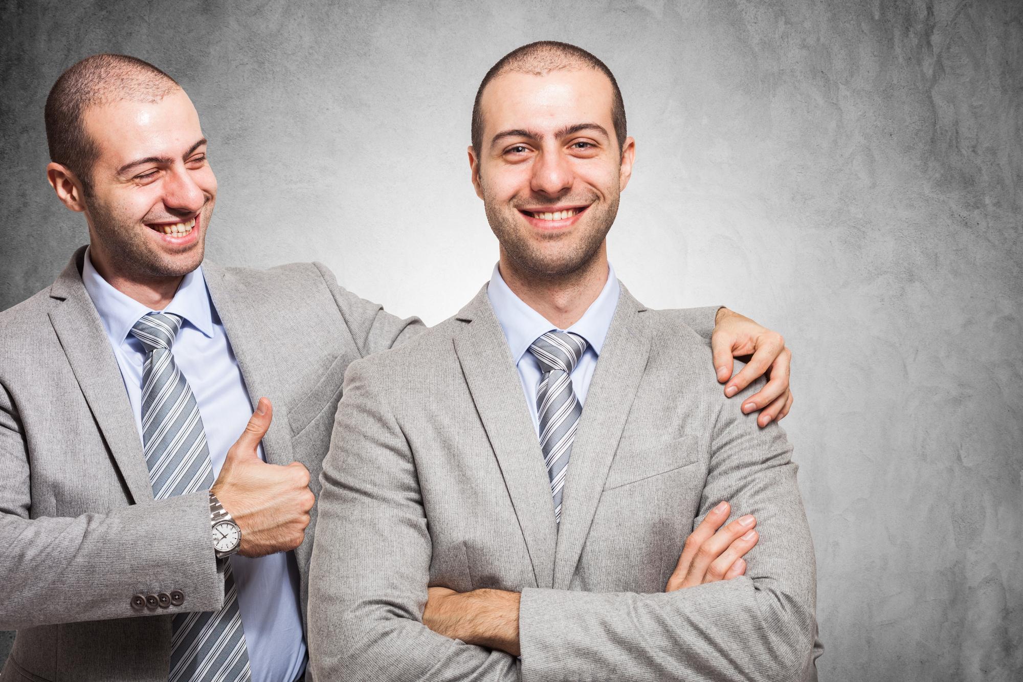 Klopt het dat bij feedback op ons eigen functioneren geen negativiteitsbias maar een positiviteitsbias hebben?