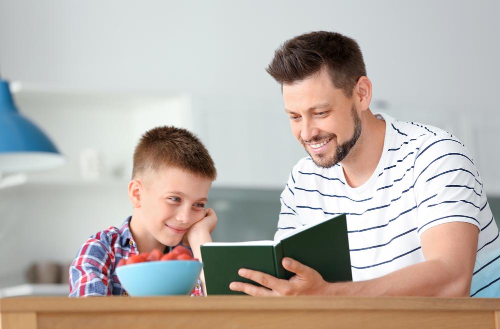 Hoe praat je zodat kinderen luisteren en hoe luister je zodat kinderen praten?